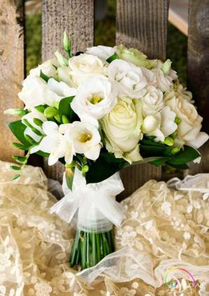 Wedding bouquets 704