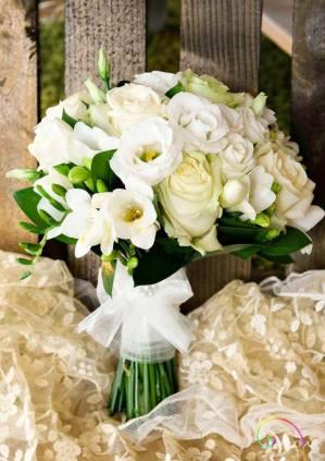 Wedding bouquets 704